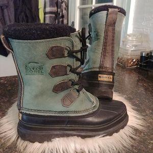 Sorel leather waterproof boots 6
